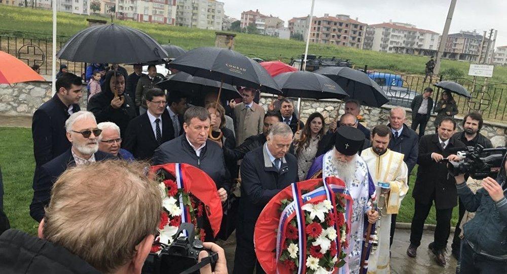 Gelibolu Rus anıtında 10'uncu yıl töreni düzenlendi