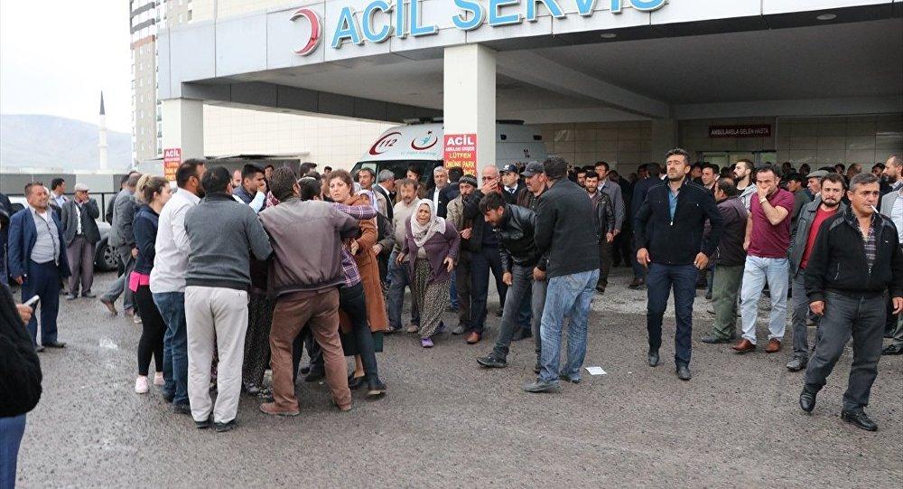 Niğde'de Yeşilgölcük Beldesi Belediye Başkanı Hakkı Şengül, uğradığı silahlı saldırı sonucu yaşamını yitirdi.