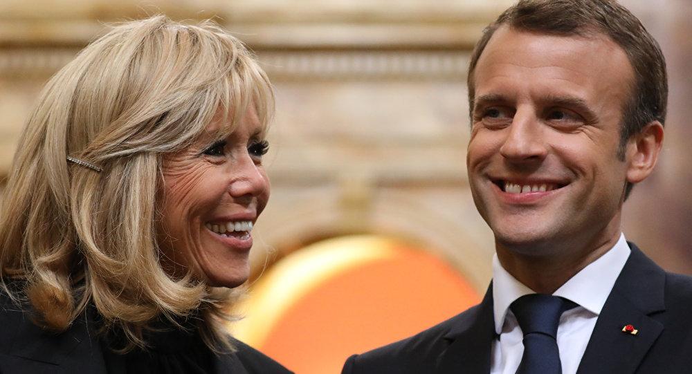 Fransa Cumhurbaşkanı Emmanuel Macron ile kendisinden 24 yaş büyük eşi Brigitte Macron