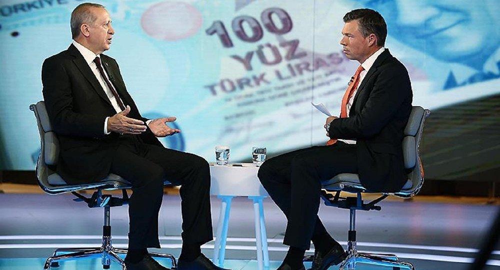 Cumhurbaşkanı Recep Tayyip Erdoğan Londra'da Bloomberg'te Guy Johnson'ın sorularını yanıtladı.