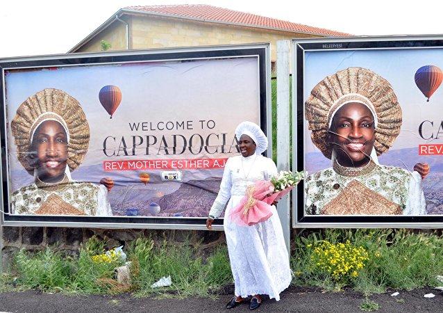 Nijeryalı rahibeye Nevşehir'de coşkulu karşılama