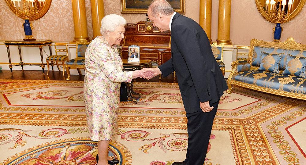 Kraliçe Elizabeth ve Cumhurbaşkanı Erdoğan