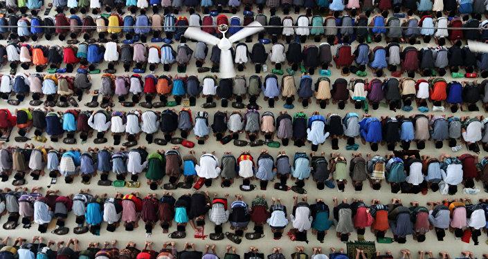 Müslüman- Ramazan- Endonezya