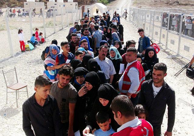 72 bin Suriyeli, Ramazan Bayramı için ülkesine gidiyor