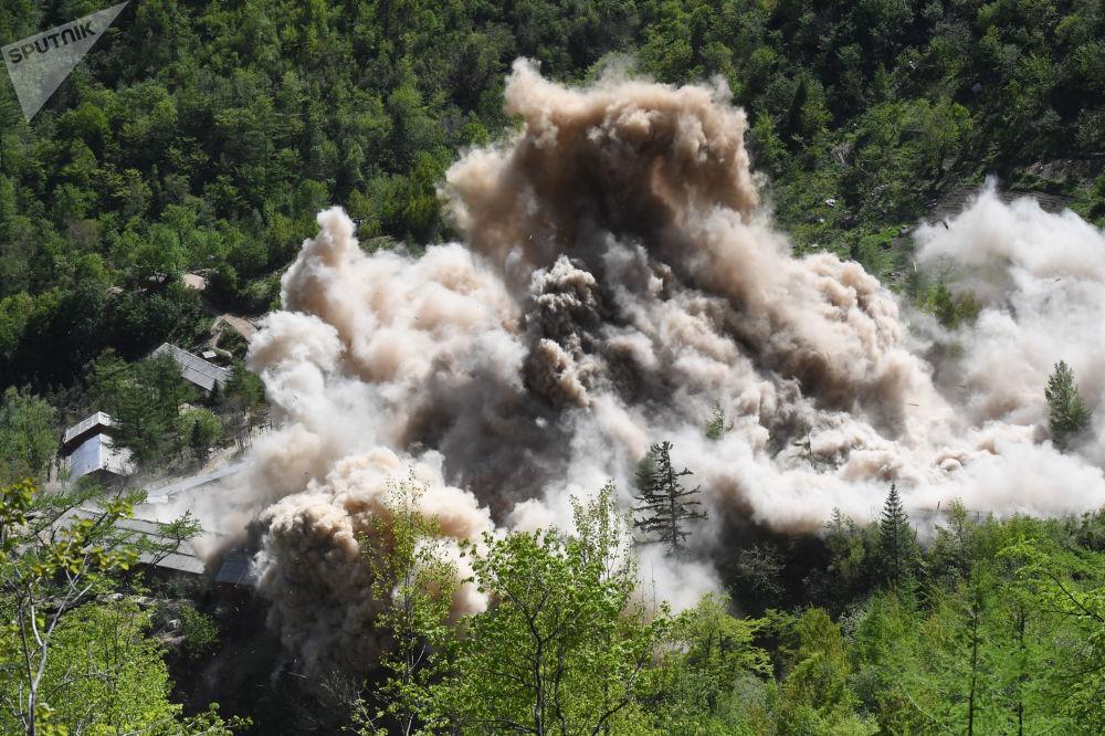 Kuzey Kore'nin imha ettiği Punggye-ri nükleer deneme sahası
