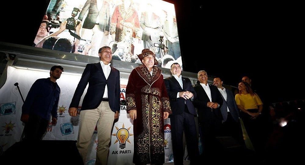 Çavuşoğlu: Önce 24 bin civarında, şimdi de 30 bin civarında Ahıska Türk'ü için vatandaşlık veriyoruz