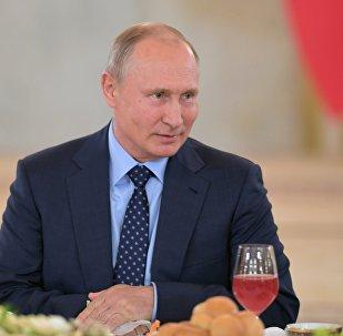 Putin, Avusturya'da konuştu: Avrupa, göçmen akınını azaltmak istiyorsa Suriyelilere yardım etsin