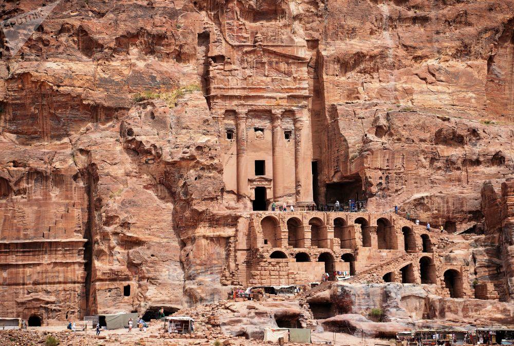 Ürdün'ün kayıp şehri: Petra