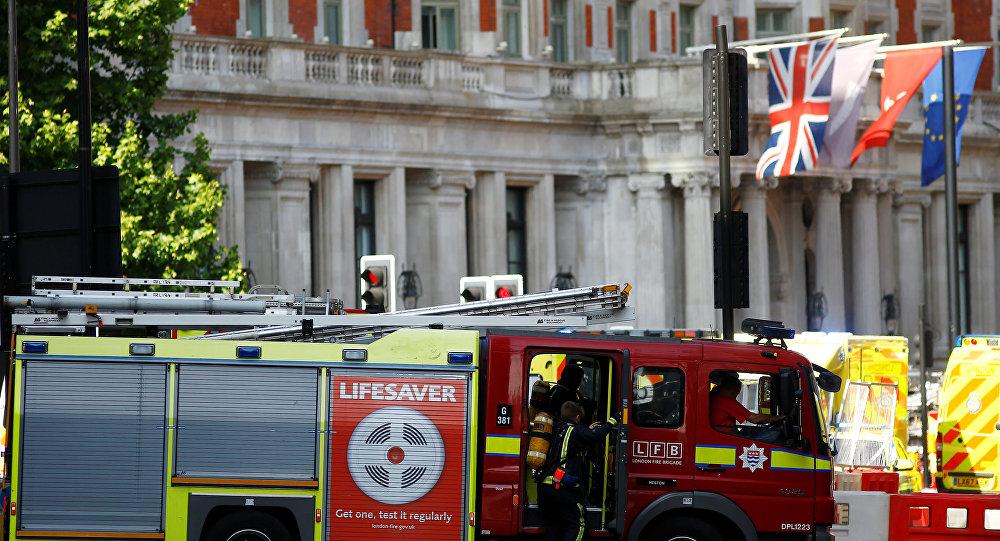 Londra'daki beş yıldızlı 12 katlı Mandarin Oriental otelinde yangın