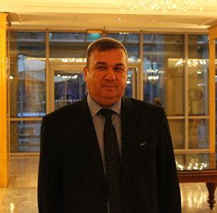 Kırım Tatar Dernekleri Federasyonu Genel Başkanı Ünver Sel, Rusya Federasyonu İstanbul Başkonsolosluğu'nun ev sahipliğinde gerçekleşen Rusya Milli Günü resepsiyonunda Sputnik'in sorularını yanıtladı.