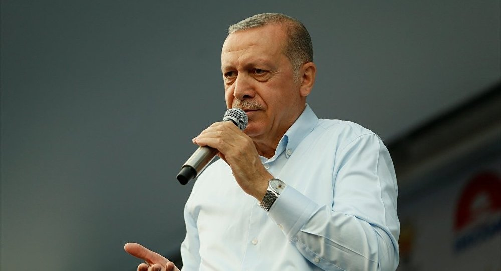 Erdoğan'dan İnce'ye: Oy almak için bu numaraları neden yapıyorsun?
