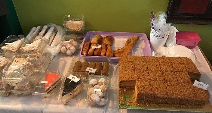 Kadıköy'de Rus kermesi: Kvas, kurutulmuş etler ve geleneksel tatlılar satıldı