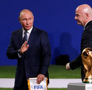 Rusya Devlet Başkanı Vladmir Putin ve FIFA Başkanı Infantino
