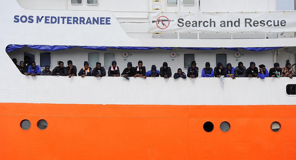 Akdeniz'de SOS Méditerranée'nin göçmen kurtarma gemisi Aquarius