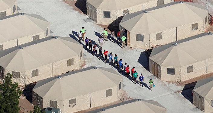 ABD göçmen çocukları ailelerinden ayırdı