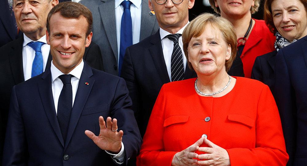 Almanya Başbakanı Angela Merkel ve Fransa Devlet Başkanı Emmanuel Macron