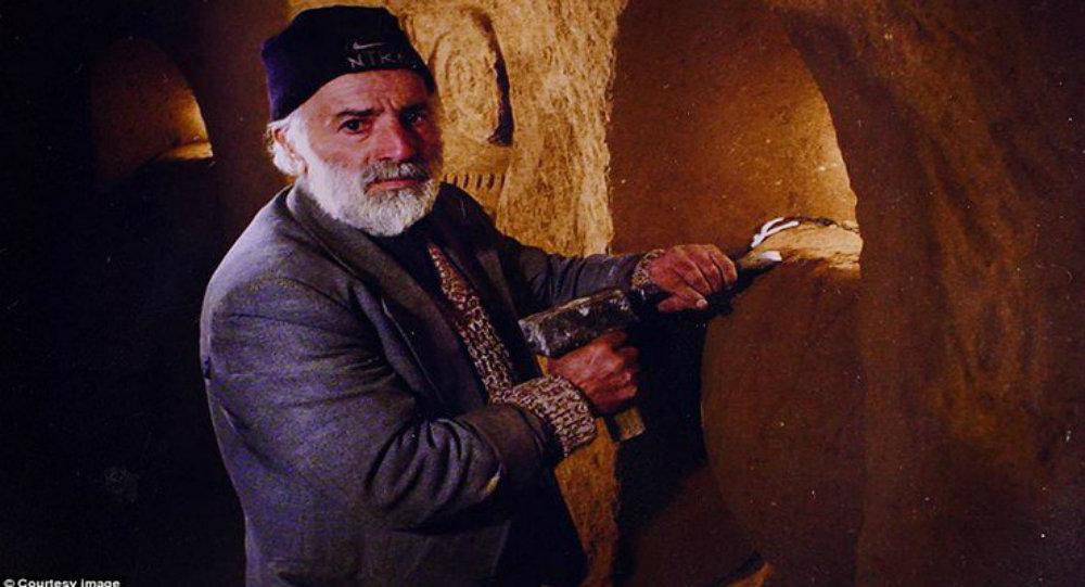 Ermeni köylünün 23 yılda kazdığı yeraltı kilisesi ziyarete açıldı