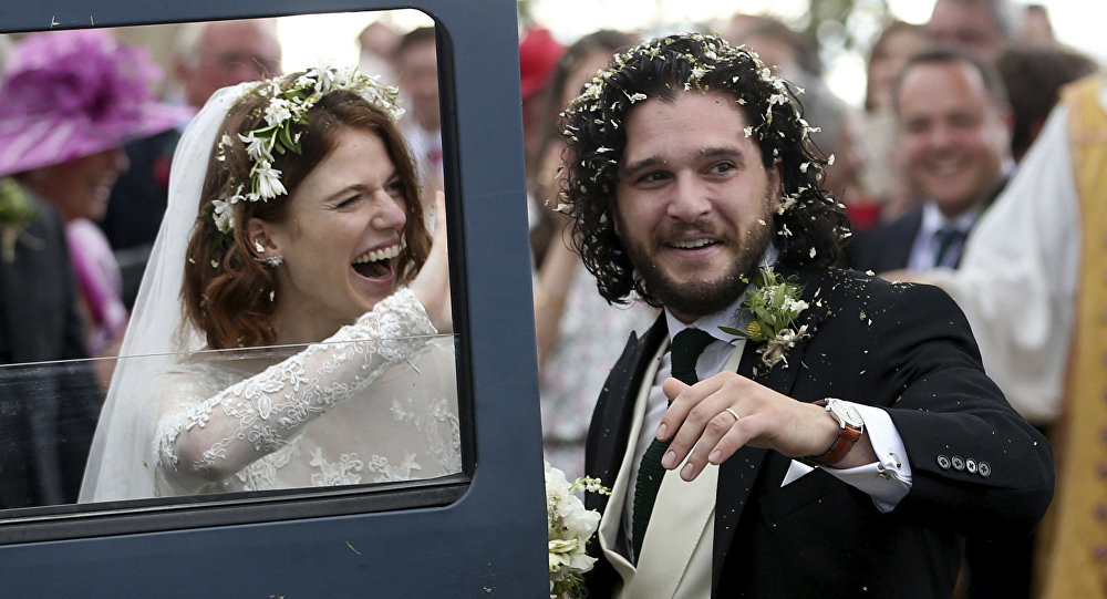 Game of Thronesun Jon Snowu ve Ygrittei dünya evine girdi 94