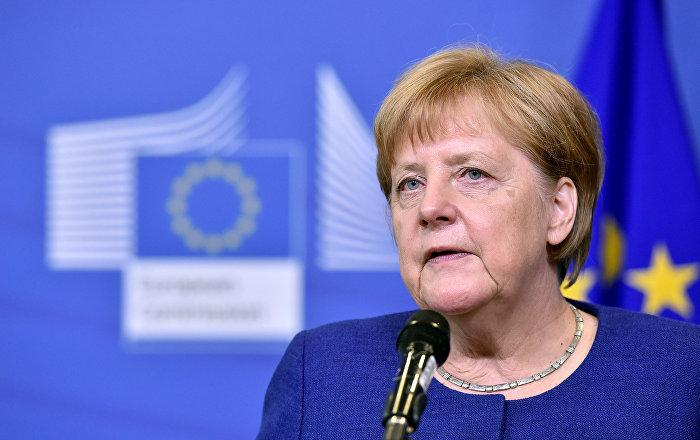 Merkel: Türkiye'yle varılan anlaşmanın benzerleri, mültecilerin vatandaşı olduğu ülkelerle de yapılmalı