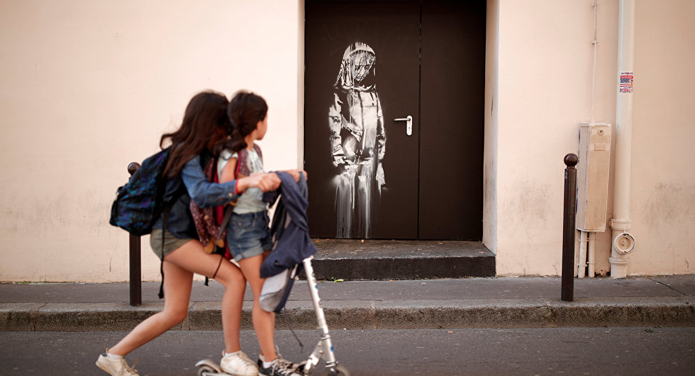Gerilla sanatçı Banksy, Paris'de derin izler bıraktı