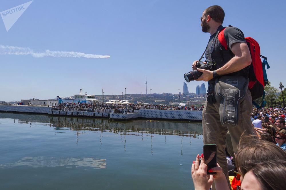 Türk hava akrobasi ekipleri Bakü semalarında