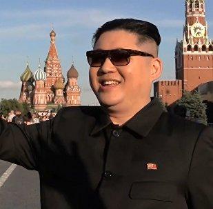 Kim Jong-Un Moskova sokaklarını gezdi!
