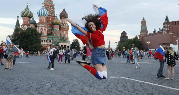 Milli takımın tarihi başarısını coşkuyla kutlayan Rusyadan renkli kareler 74