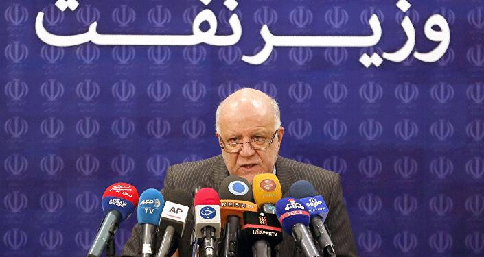 İran Ekonomi Bakanı Bijan Zanganeh