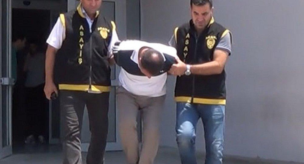 Adana'da polisleri gören hırsız: Ben de sizi arayacaktım, iyi ki geldiniz
