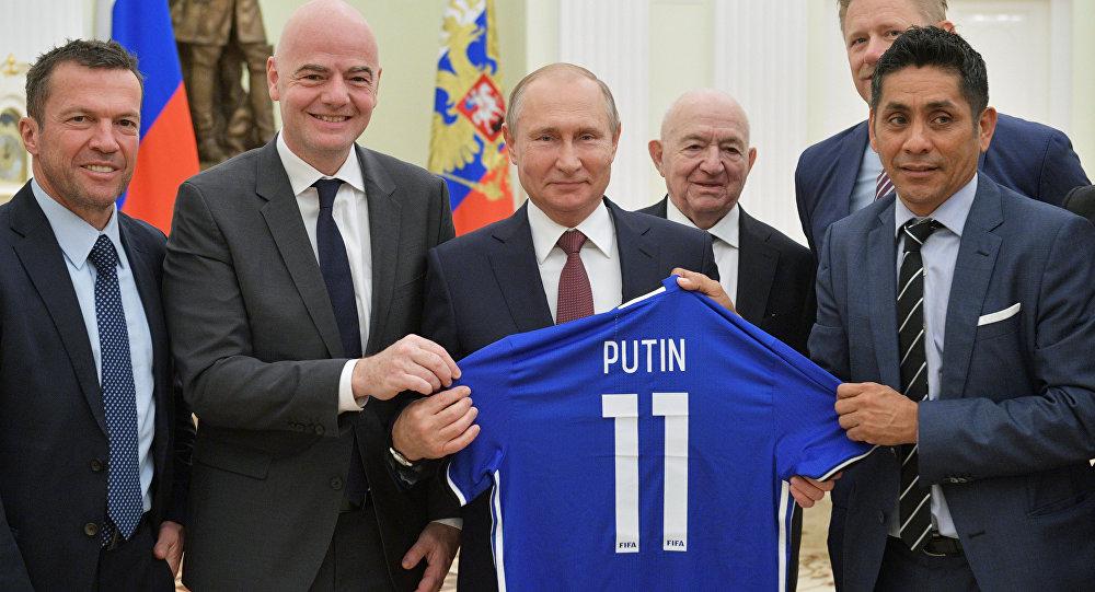 Vladmir Putin ve FIFA Başkanı Gianni Infantino