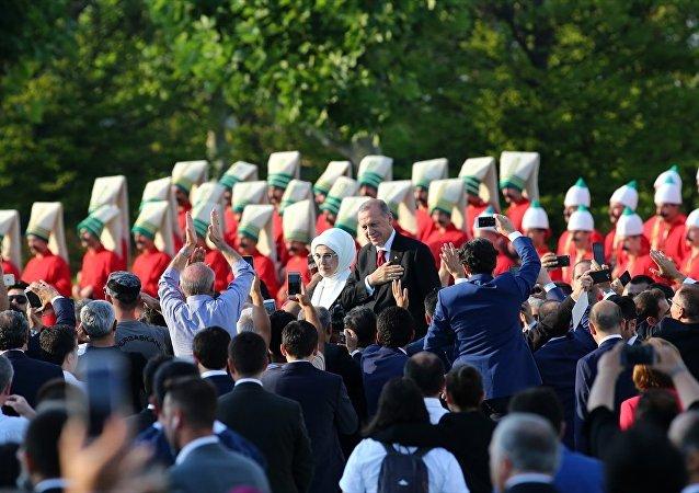 Erdoğan'ın 'başkanlığa' başlama töreni: Para bastırıldı, Diyanet İşleri Başkanı dua  etti