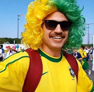 Brezilyalı taraftarlar Rusça konuşuyor