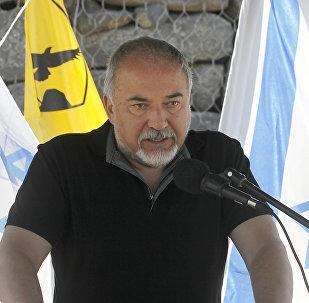 İsrail Savunma Bakanı Avigdor Liberman İsrail işgali altındaki Suriye toprağı olan Golan Tepeleri'ne çıkarma yaptı.