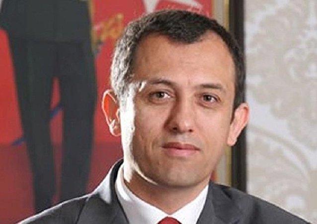 Ali Arif Özzeybek