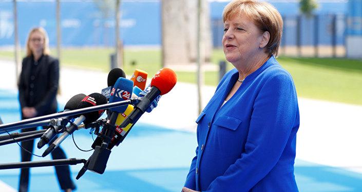 11 Temmuz 2018'deki NATO liderler zirvesine gelişte Almanya Başbakanı Angela Merkel