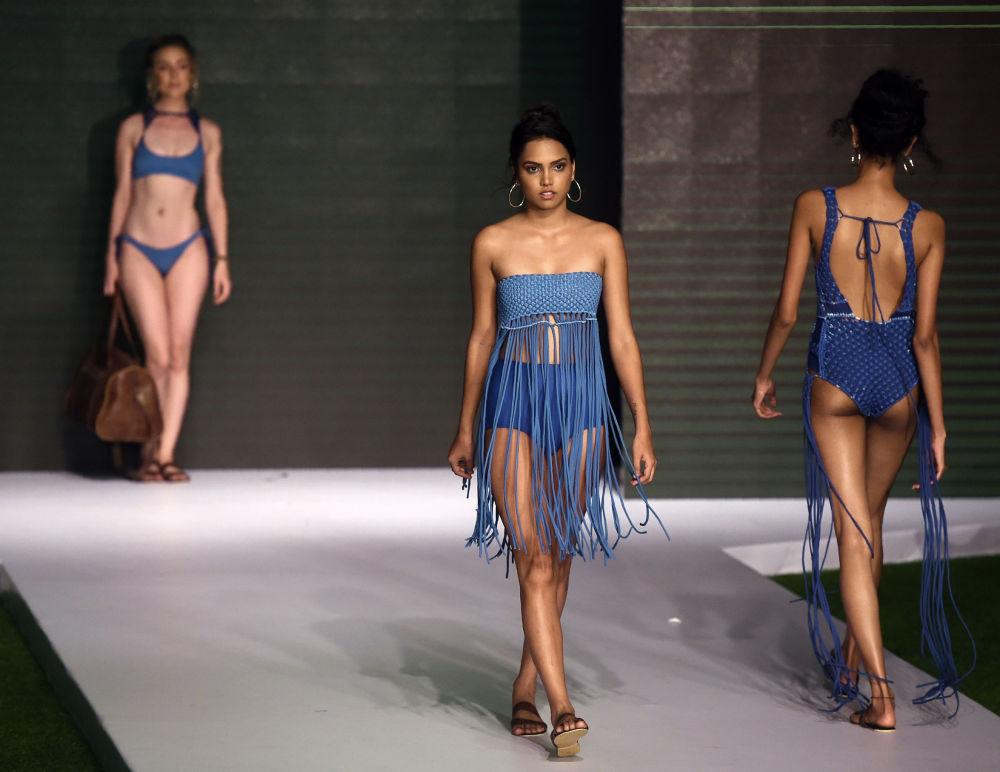Sri Lanka'da plaj moda haftası