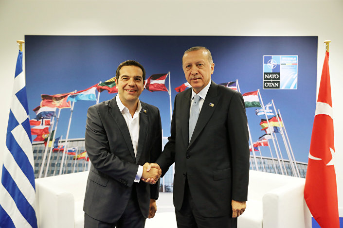 Erdoğan NATO zirvesindeki temaslarını Çipras ile tamamladı. Görüşme uzun sürdüğünden o sırada zirvede başka lider kalmadı.