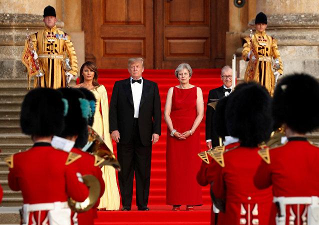 İngiltere Başbakanı Theresa May, eşi Philip May, ABD Başkanı Donald Trump ve eşi Melania Trump