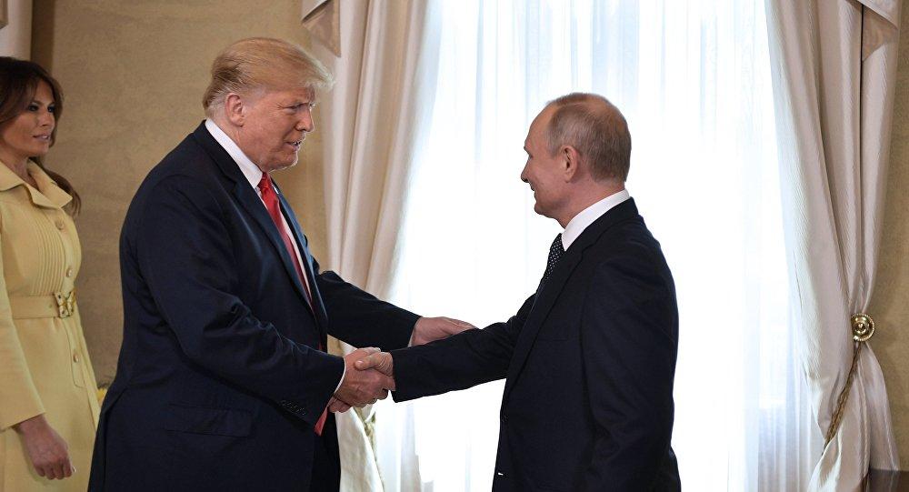 Melania Trump- Donald Trump- Vladimir Putin