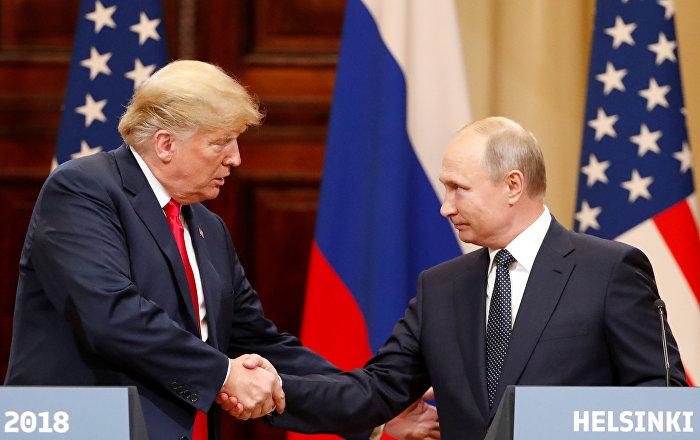 Trump, Putin'e yönelik nazik tavırlarından dolayı onu eleştiren medyayı ikiyüzlülükle suçladı