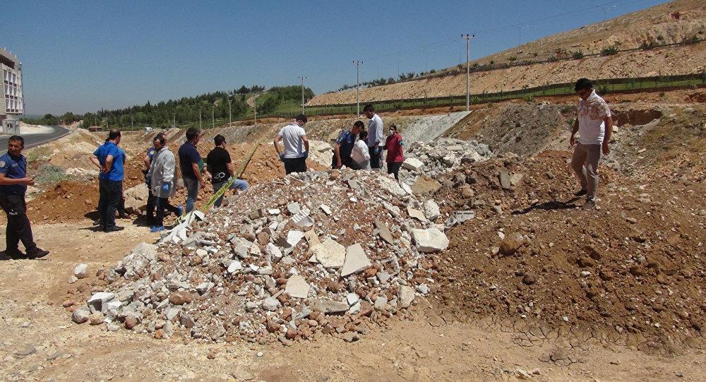 Şanlıurfa'da 2 yaşındaki Suriyeli kız toprağa gömülü bulundu