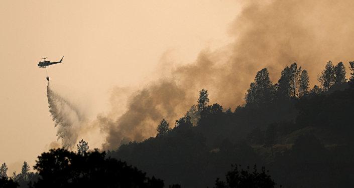 Kaliforniya-Yangın