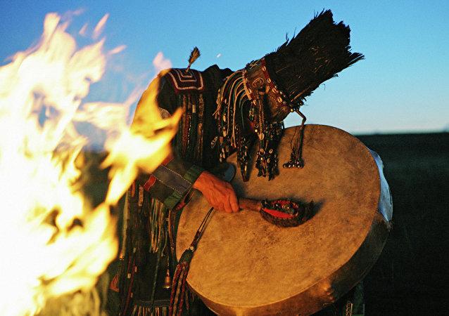 Şamanlar
