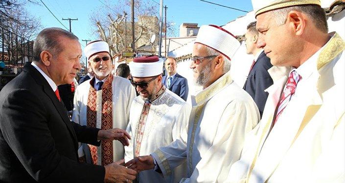 Erdoğan Batı Trakya ziyaretinde müftülerle