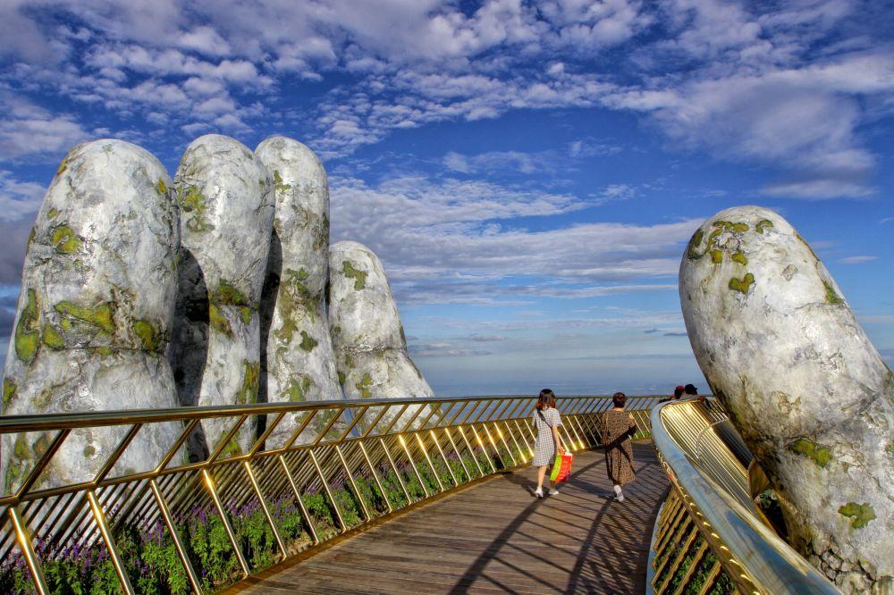 Vietnam'daki Altın Köprü