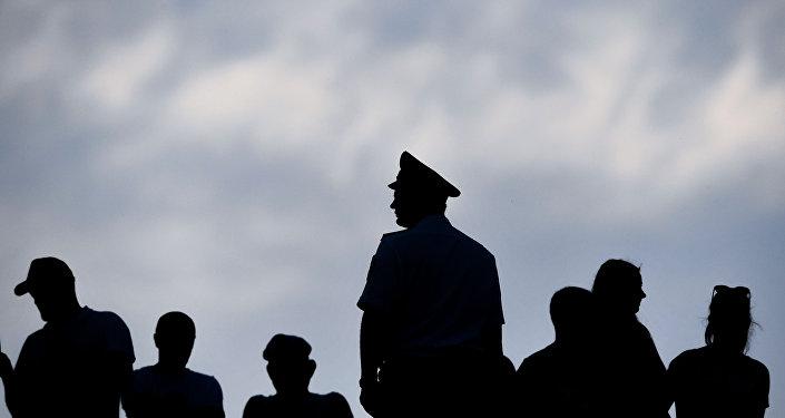 İsveç polisi