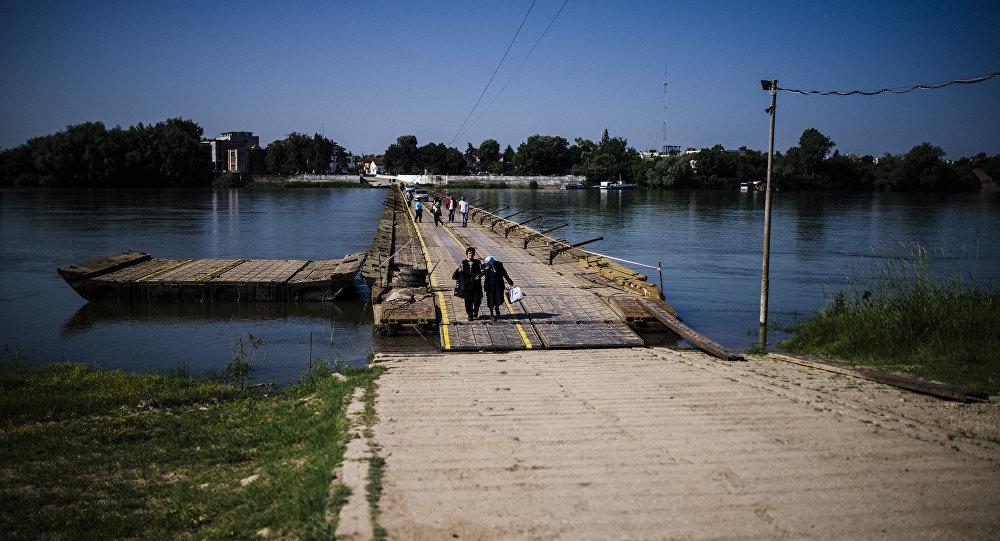 Bulgaristan'da Tuna ırmağı üzerindeki bir köprü