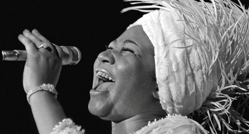 Soul müziğin 'kraliçesi' Aretha Franklin, hayatını kaybetti