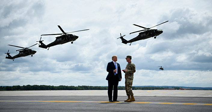 ABD Başkanı Donald Trump-Tümgeneral Walter Piatt