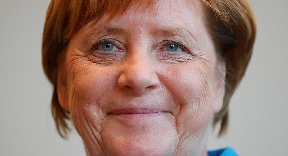 'Merkel, Türkiye ile Rusya'nın İdlib kararından memnun'